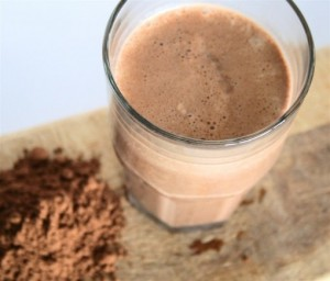 Dark-Chocolate-Protein-Shake-01-510x436